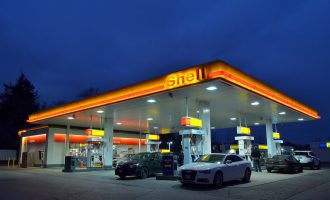 gas-station-1161871_1280